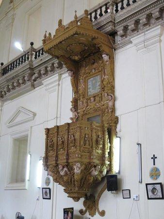 Basilica of Bom Jesus: Inside