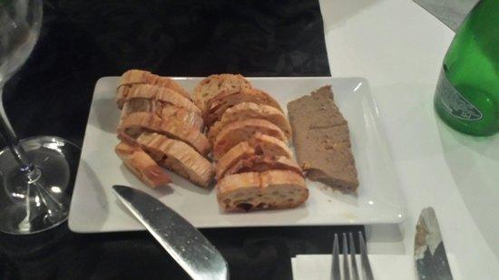 Les Pérot-Quais : Terrine de foie de volaille gingembre et abricot