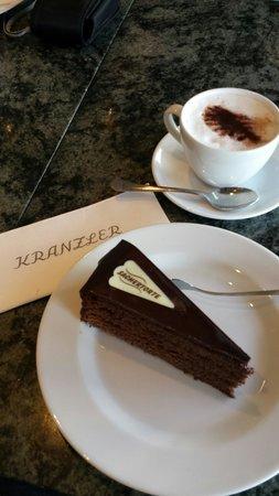 Cafe Kranzler: Der gute Eindruck täuscht...