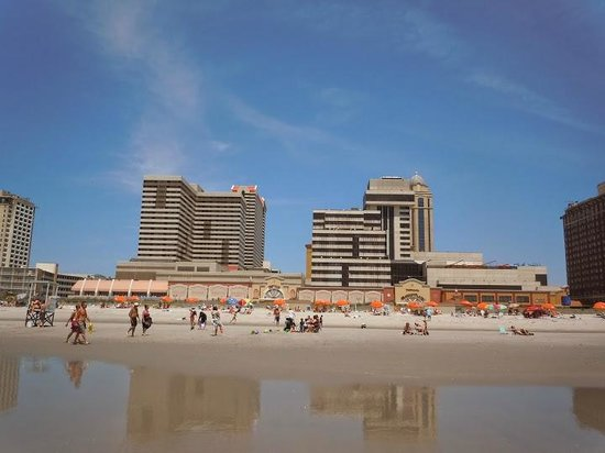 Tropicana Atlantic City: View of hotel from the beach