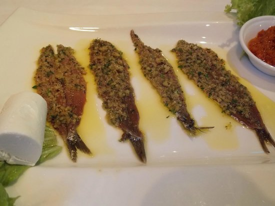 Mamma Rosa Osteria Grill : Anchovies - great, mouth-watering, but have water handy
