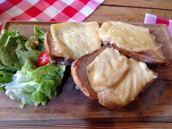 Taverne Le Bruegel : Tartines gratinées
