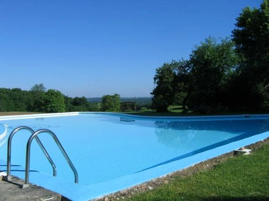 Maison Arc-en-ciel : Pool 16x14m alarmed for children's safety