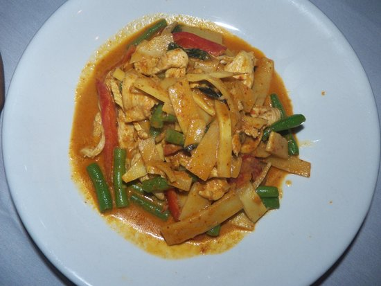Thai Thai: Pad Phed Nor Mai-Sauteed bamboo shoot with red curry paste, coconut cream, string beans, bell pe