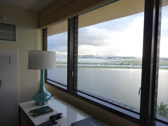 Hilton Miami Airport : vue depuis la chambre