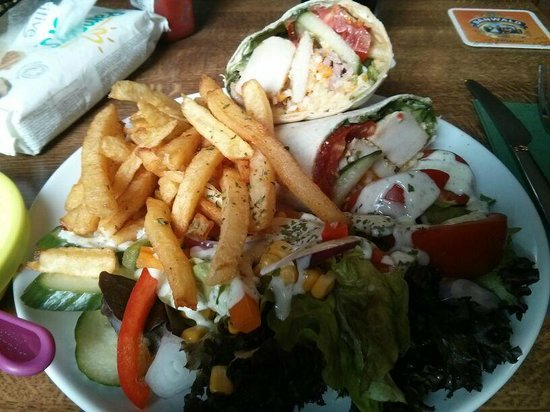 The Auld Rogue : Chicken Caeser Wrap
