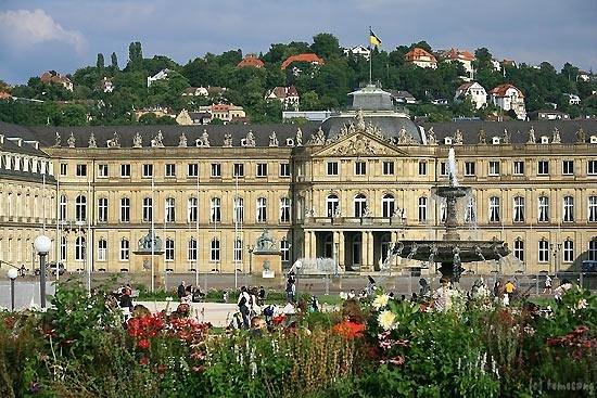 Neues Schloss: シュトゥットガルト新宮殿