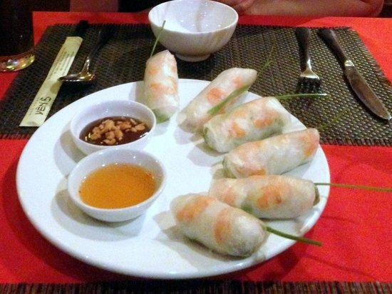 Yen's Restaurant: Fresh Springroll