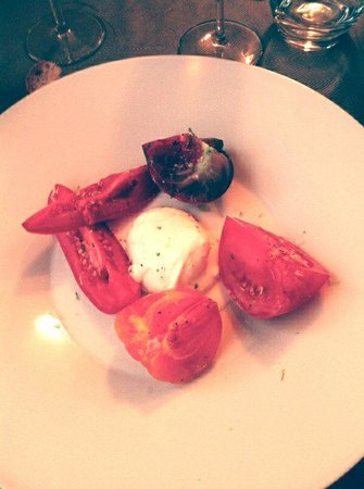 Aux 3B : Mozzarella di  Buffala et ses tomates anciennes