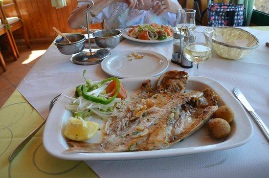 Restaurant Bahia La Pared _ cuisine locale