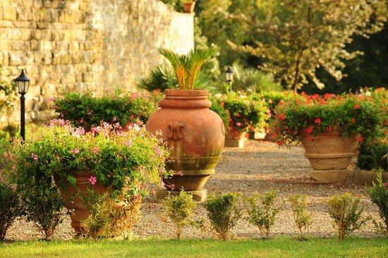 Villa Rossi-Mattei: garden