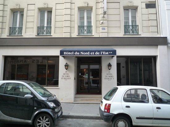 Hotel du Nord et de l'Est: ホテルの入口