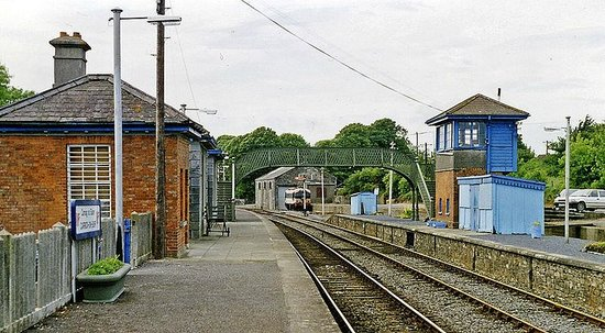 Ormond Castle: Railway Station
