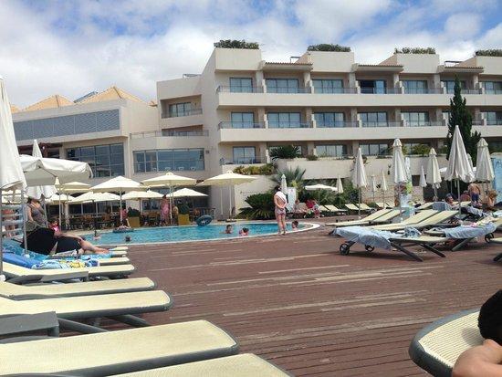 Grande Real Santa Eulalia Resort & Hotel Spa: pool area