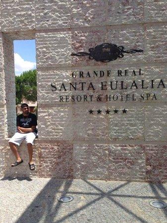 Grande Real Santa Eulalia Resort & Hotel Spa: outside hotel