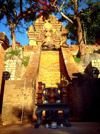 Po Nagar Cham Towers: Ponagar Tower