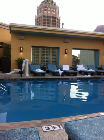 Hotel Contessa: Rooftop Pool