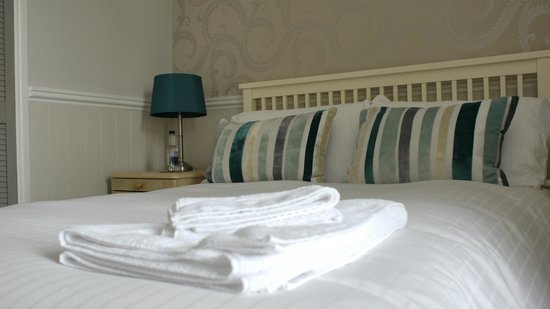 Camelot Guest House: Bedroom 4 (Double)