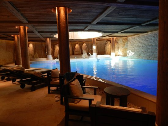 The Alpina Gstaad: Indoor Pool