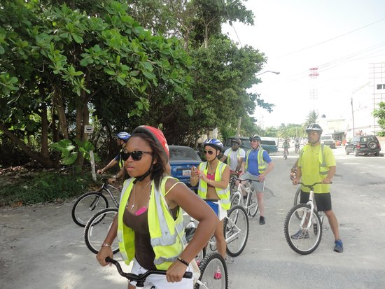 Dreams Riviera Cancun Resort & Spa : bike ride