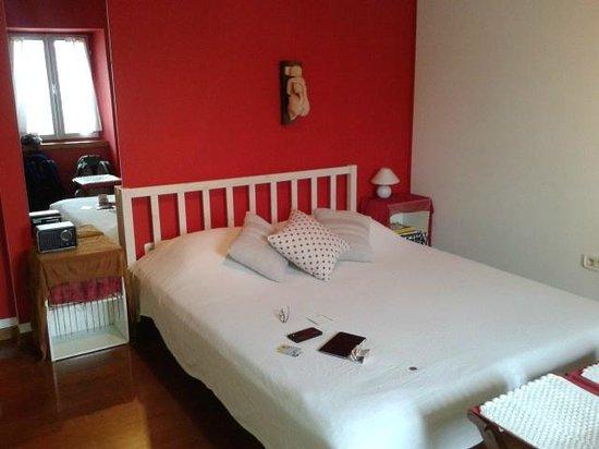 Dosud Apartments: Dormitorio