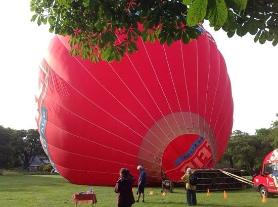 Kent Ballooning: Etchinghill Golf Club launch site