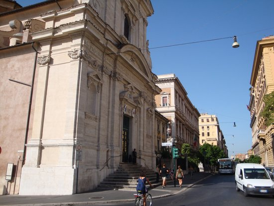 Santa Maria della Vittoria : 外観