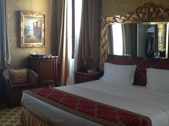 Hotel Pesaro Palace : Bedroom Pesaro Palace