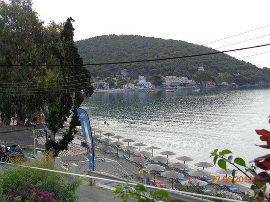 New Aegli Resort Hotel : Вид из номера на пляж