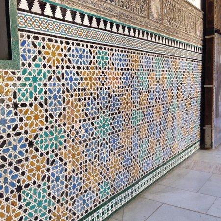 Real Alcázar: Beautiful tile work