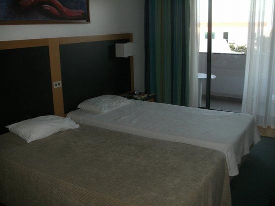 Antillia Aparthotel: Zimmer
