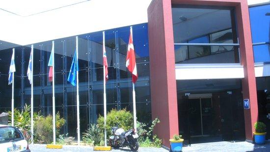 Antillia Aparthotel: Eingangsbereich