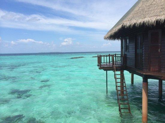 Velidhu Island Resort: Water-bungalow