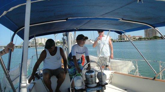 Dolphin Landings Charter Boat Center: Sailing Boca Ciega Bay
