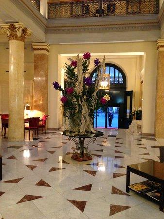 Beau-Rivage Palace : Teil der Lobby