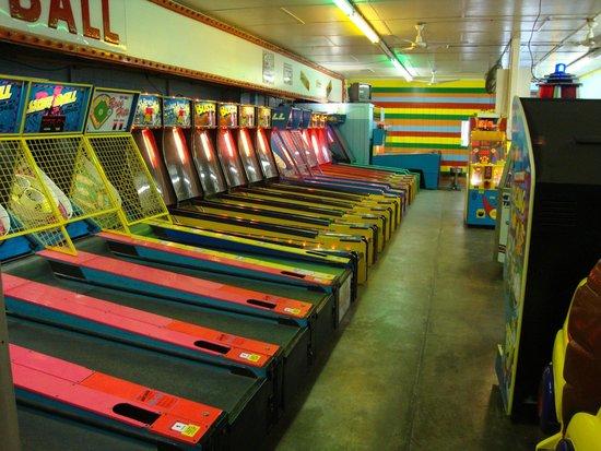 Garden City Pavilion Arcade Skeeball Ally