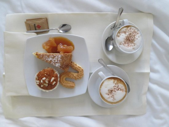 Locanda Don Serafino : Breakfast tray I prepared (representative of what's available in the bar)
