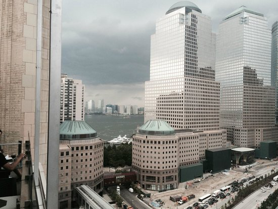 Club Quarters Hotel, World Trade Center: View looking West