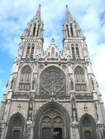 Church of Saint Peter and Saint Paul : Heavenwards