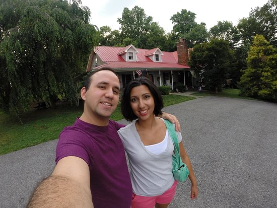 Blue Ridge Manor Bed and Breakfast: Hubby and I in front of the Blue Ridge Manor B&B.