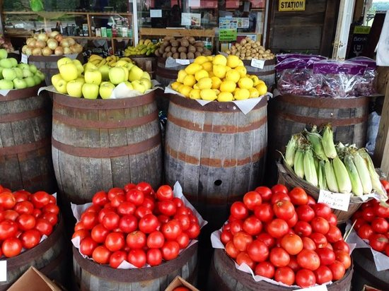 Cana, VA: Fresh fruits and veggies at Poor Farmer's Market. A short drive from the B&B.