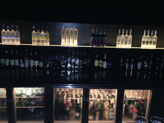 JW Marriott Hotel Pune : rooftop bar