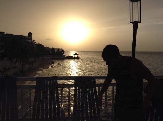 Beaches Ocho Rios Resort & Golf Club: sunset from the paradise bar