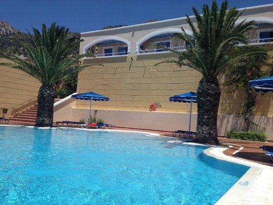 Mitsis Summer Palace Beach Hotel: Pool