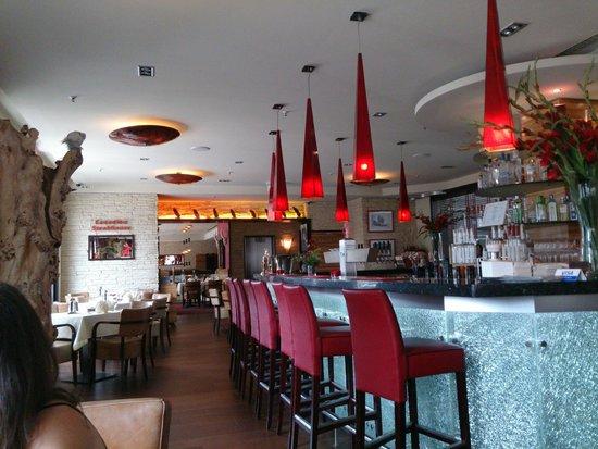 Steakhouse Ontario: Blick im 1. Stockwerk