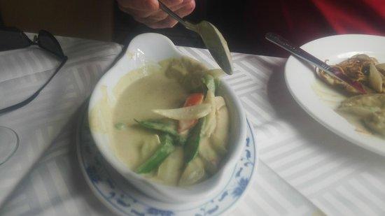 Ming Garden Chinese Restaurant: The Thai green curry......yum
