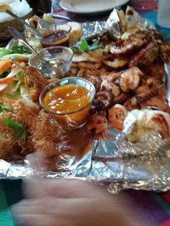 Restaurant La Glorieta de Enrique: Seafood platter