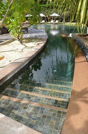 Constance Ephelia: Une des piscines