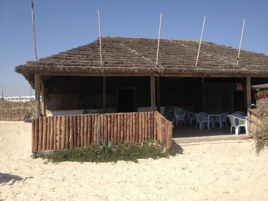 Ramada Liberty Resort Hotel: Beach Bar