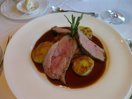 Romantik Alpenhotel Waxenstein: Lamsvlees gemonteerd met heerlijk sausje
